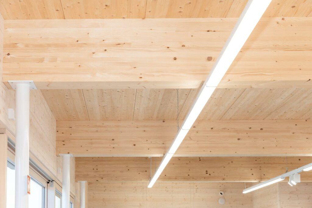 Gewerbebau Holzbauweise
